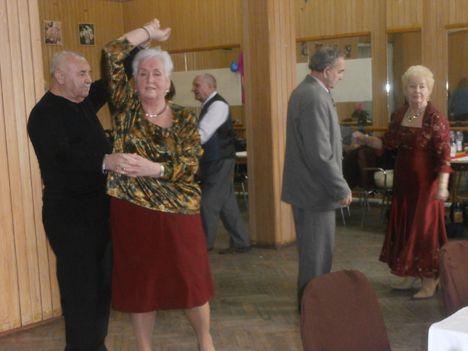 Farsang a Töröekvés nyugdíjasklubban 3