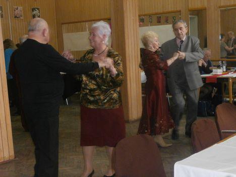 Farsang a Töröekvés nyugdíjasklubban 4