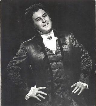 Ilosfalvy Róbert a Manon Lescautban