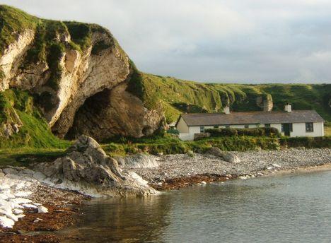 Észak-Írország 332