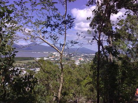 Cairns távolból