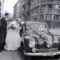 Szent István tér, a felvétel a Szent István-bazilika főbejárata előtt készült, balra a Hercegprímás (Wekerle Sándor) utca a Deák Ferenc tér felé nézve. fortepan_105528