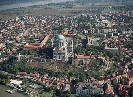 Sétarepülés Esztergom felett 2