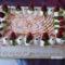 Karamellás eper torta