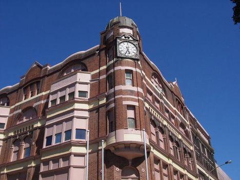 Elegáns épület