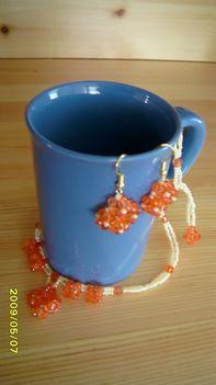 narancsszínű nyaki,füli