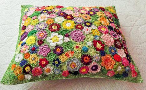 Párna virágokból, saját munka 2