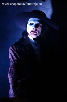 Az operaház fantomja 2