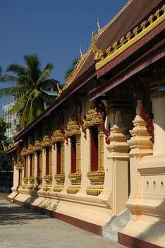 Vientianei templom árkádjai