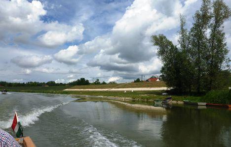Mosoni-Duna Győrzámoly község melletti szakaszon, 2017. július 26.-án 10