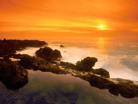 Orange_Sunset,_Verdes_Peninsula,_California