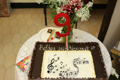 A  9 éves jubileuni Ünnepi torta 2017.szept. 5. első kedd.