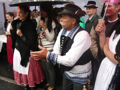 lelkes erdélyi szurkolók