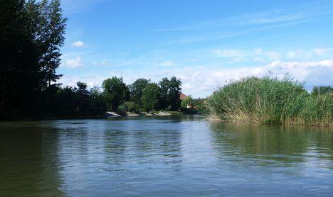 Mosoni-Duna Horvátkimle és Magyarkimle közötti szakaszon, Kimle 2017. szeptember 25.-én