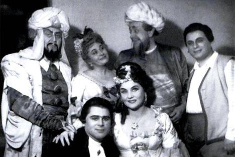 Bartha Alfonz, Ágay Karola, Lendvay Andor, Koltay Valéria, Székely Mihály és Kishegyi Árpád a Szöktetés a szerájból c. Mozart-operában