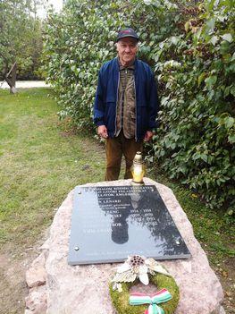 Kiváló Hegyeshalmi gátőrök emléktáblája Németh Tiborral, Hegyeshalom 2017. október 20.-án 1