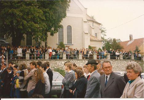 1992. búcsú