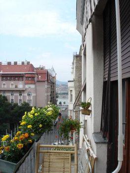 Budapest V
