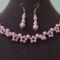 Rózsaszín nyaklánc és fülbevaló tekla gyöngyből
