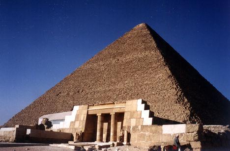 keopsz piramis