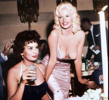 Sphia Loren és Marilyn Monroe