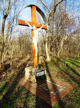 1932-ben állított Fafeszület a Mosoni-Duna mentén, Feketeerdő, 2018. január 04.-én