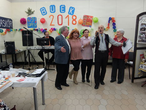 ÚJÉV. 2018 ! Tovább szól  a dal a Zenebarátkörben