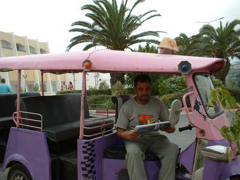 egyik helyi taxi