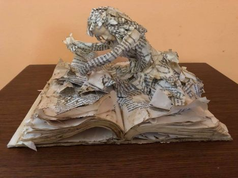 Védd meg a könyvet!...Dáma Lovag Erdős Anna verse: