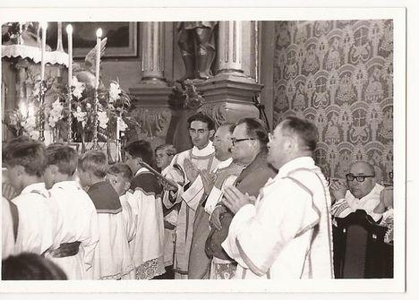 1971. Templom