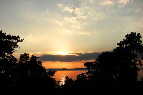Balaton naplementéje, horgászokkal. 1