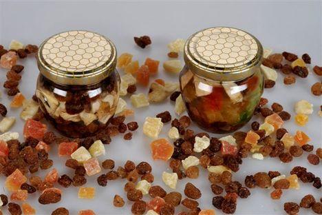 méz-011_2 kis amfóra aszalt gyümölcsös méz