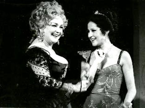 Németh Marika Pitti Katalin -Luxemburg grófja c. operettben