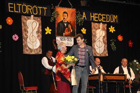 """2018.máj.18. """"Eltörött a hegedűm.."""" Dankó Pista emlékére rendezett ünnepi előadás. Újpesten."""