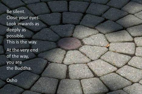 """""""Légy csendben. Csukd be a szemed. Figyelj mélyen befelé, amennyire csak lehetséges..."""