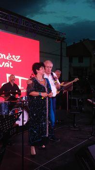Pere János és  Szóka Júlia a  2018-as egri Trilla-fesztivál szalonzenei műsorában