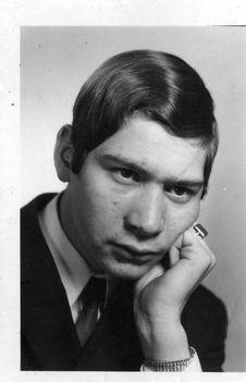 Virág Andor Ottó 1952-ben született