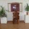 A fotel is ebből a fából készült,HORVÁTH GYULA munkája.