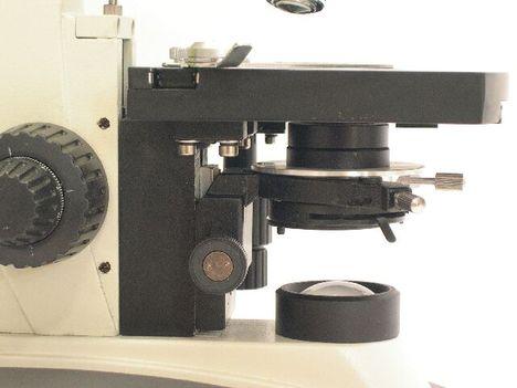 BIM-136B professzionális mikroszkóp