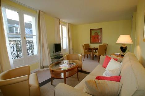 egy párizsi lakás