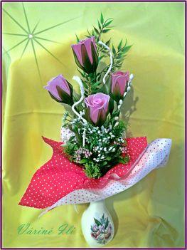 rózsáim csokorban