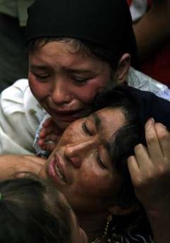 156 halott közt az anyja