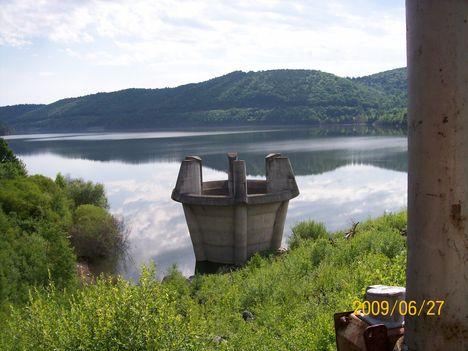 A Zetelaki víztározó túlfolyója