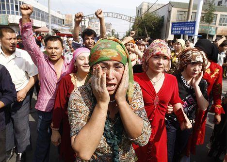 elkeseredett ujgurok