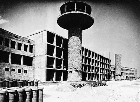 A Ferihegyi repülőtér építés közben 1949