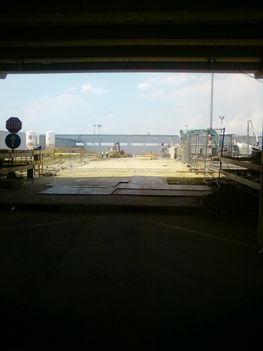 Kukkantás az építkezésre - az elkerített terület T2A és T2B között