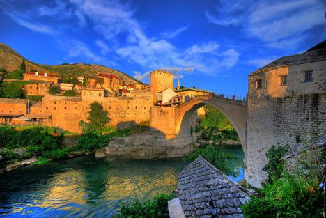 Old-Bridge-Stari-Most-Mostar-Bosnian-11