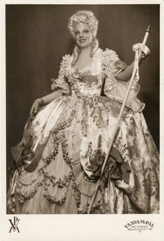 Osváth Júlia - Manon Lescaut 1941
