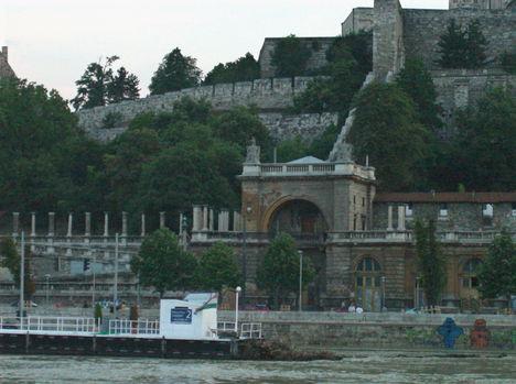 Budapest látképe a Dunáról (11)