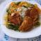 Sült csirkecombok párolt zöldséggel